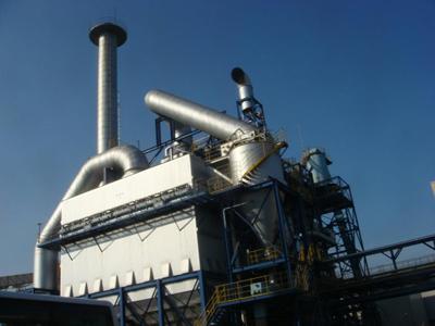 バイオマス発電所の煙突